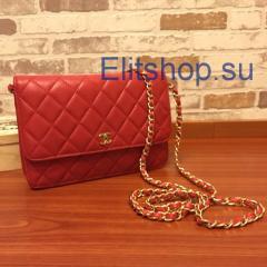 Клатч Chanel Wallet красного цвета