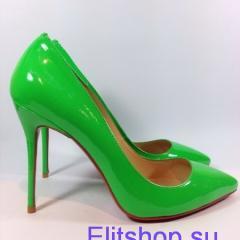 Туфли лодочки Christian Louboutin зеленого цвета