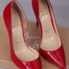 Туфли Christian Louboutin лодочки красного цвета