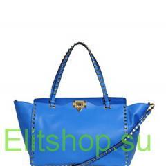 Сумка Valentino rockstud с заклепками синего цвета