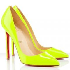 Туфли лодочки Christian Louboutin желтого цвета