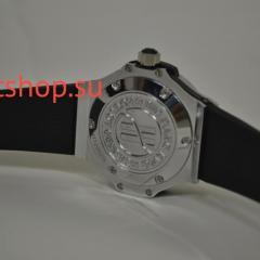 Часы Hublot Classic Fusion со стразами