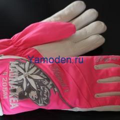 купить лыжные перчатки Bogner розового цвета
