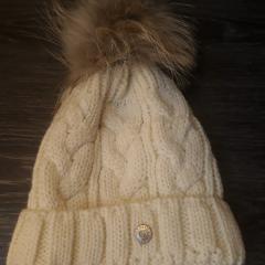 Коллекция шапок от VDP с камнями