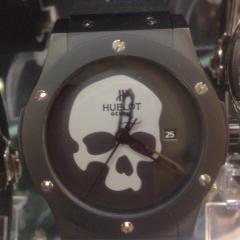 купить мужские часы Hublot с черепом интернет магазин в Москве