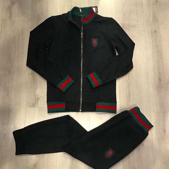c2d485412d0f купить костюм спортивный gucci интернет магазин в Москве. Мужской  спортивный костюм Gucci